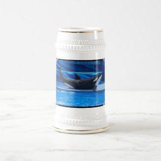 Presentación de la cerveza Stein de la orca Tazas De Café