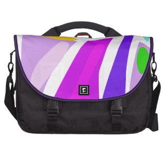Presentación de la mujer bolsas de portátil