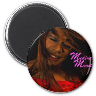 Presentación de Medina Monet Imán Redondo 5 Cm