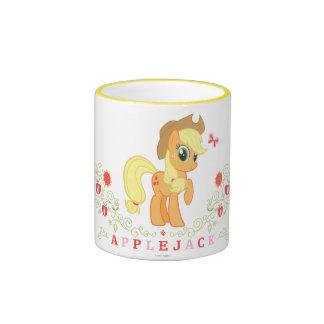Presentación del aguardiente de manzana tazas de café