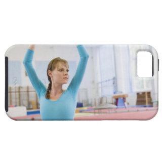 Presentación joven del gimnasta iPhone 5 Case-Mate cobertura