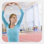 Presentación joven del gimnasta calcomanía cuadradase