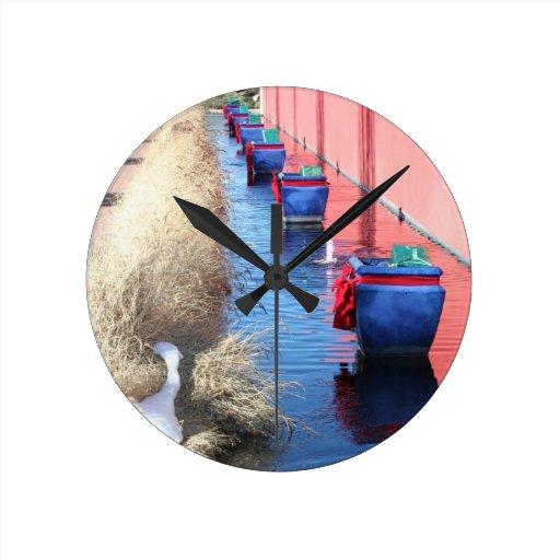 Presentes azules reloj de pared