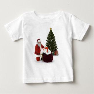 Presentes del ajuste de Santa por el árbol Playera