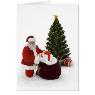 Presentes del ajuste de Santa por el árbol Tarjeta De Felicitación