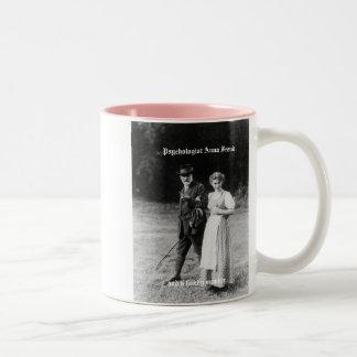Preservar la historia de mujeres en psicología tazas de café