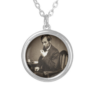 PRESIDENT ABRAHAM LINCOLN 1862 STEREOVIEW SILVER PLATED NECKLACE