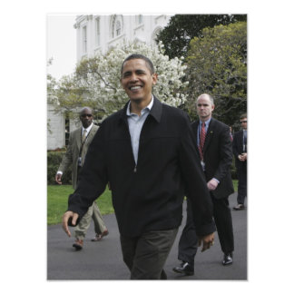 President Obama walks to the basketball courst Photo Print