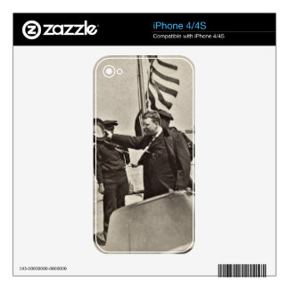 President Teddy Roosevelt on Algonquin Bull Moose iPhone 4S Skin