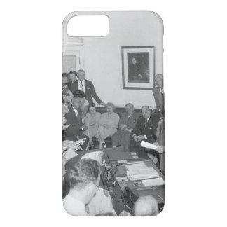 President Truman announces Japan's_War Image iPhone 8/7 Case