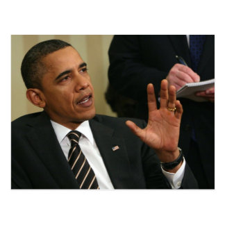 Presidente Barack Obama habla con la prensa Postal