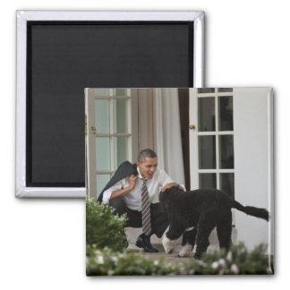 Presidente Barack Obama y BO Imán Cuadrado