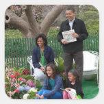 Presidente Barack Obama y familia Calcomanía Cuadrada Personalizada