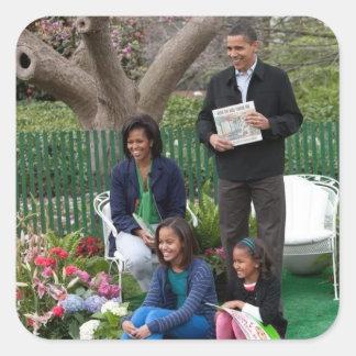 Presidente Barack Obama y familia Pegatina Cuadrada