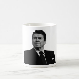 Presidente Reagan -- Blanco y negro Taza