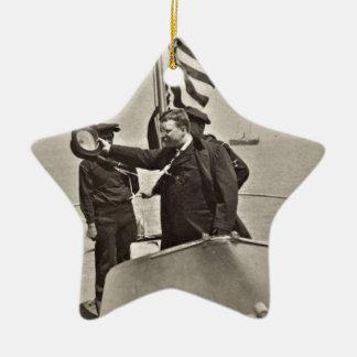 Presidente Teddy Roosevelt en los alces de Bull Adorno Navideño De Cerámica En Forma De Estrella