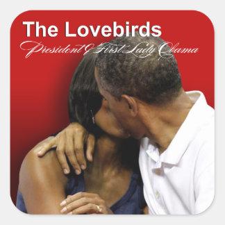 Presidente y primera señora Obama de los Lovebirds Pegatina Cuadrada