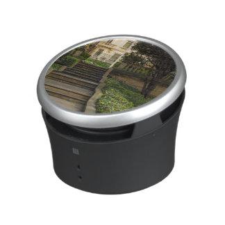 Presidential Palace Garden Bluetooth Speaker