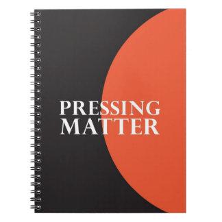 """Presionando la materia "" Cuaderno"