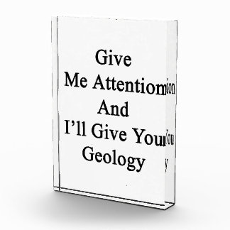 Présteme atención y le daré la geología