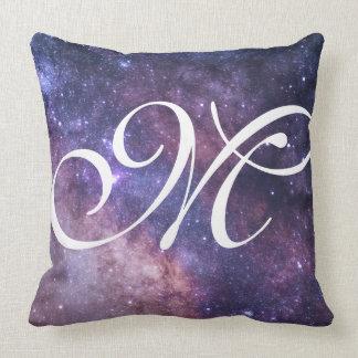 Presto del polvo de estrella con monograma cojín decorativo