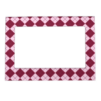 Pretty Argyle Plaid Pattern in Shades of Pink Magnetic Frame