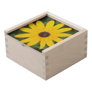 Pretty Black Eyed Susan Wooden Keepsake Box
