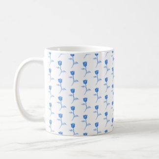 Pretty Blue and White Roses Pattern. Coffee Mug