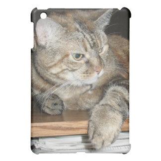Pretty Cat on bookshelf iPad Mini Cover