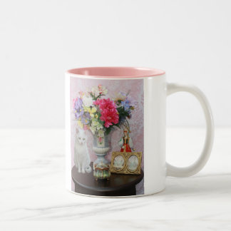 Pretty Cat w/Flowers/Music Box/Antique Frame Two-Tone Coffee Mug