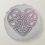 Pretty Celtic Heart design Round Pillow