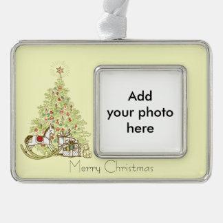Pretty Christmas Tree Ornament