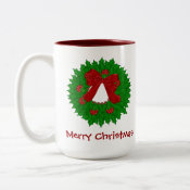 Pretty Christmas Wreath Mug mug