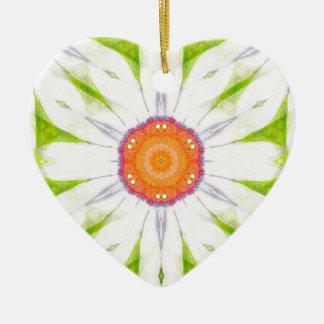 Pretty daisy design ceramic ornament