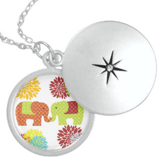 Pretty Elephants in Love Holding Trunks Flowers Locket Necklace