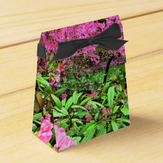 PRETTY FLORAL/PINK AZALEAS AND RHODODENDRON/GREEN FAVOR BOX