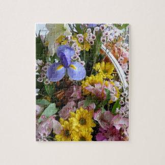 Pretty Flower Basket-Multi-colored. Puzzles