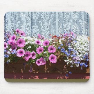 Pretty Flower Box Mouse Pad