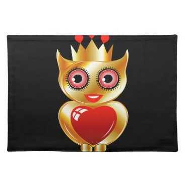 Halloween Themed Pretty golden owl with a red heart placemat