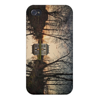 Pretty House iPhone 4 Covers