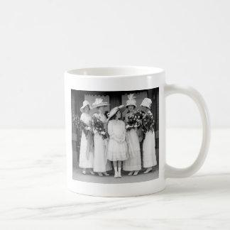 Pretty in White 1912 Mug