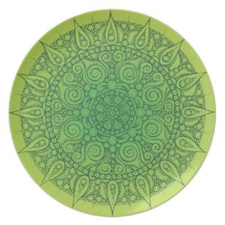 Pretty Oriental Design Plate green/yellow