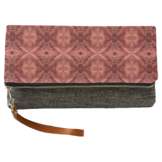 Pretty Peachy Magenta Seamless Pattern Clutch
