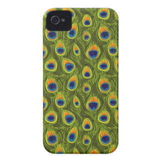 Pretty Peacock Feathers Pattern iPhone 4 Cover