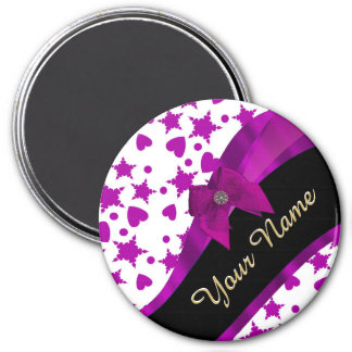 Pretty personalized magenta girly patterned 3 inch round magnet