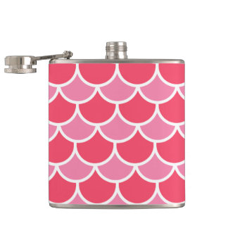 Pretty Pink and White Scallop Tile Pattern Hip Flask