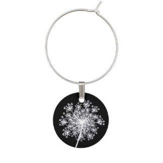 Pretty Queen Anne's Lace Flower Art Wine Glass Charm