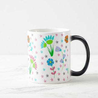 Pretty Spring Floral Pattern Magic Mug