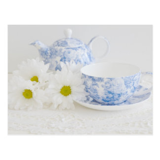 Pretty Tea Cup and Daisies Postcards