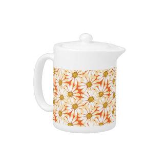 Pretty White Daisies Floral Pattern Tea Pot